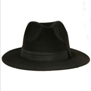 BCBGMAXAZRIA Whipstitch Black Panama Hat